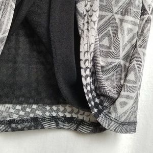 Cable & Gauge Tops - cable & gauge top size XL black white geometric